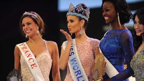missworld_wide-cfa401f18731e86baf6c90e96fe93881f4e63294-s800-c85